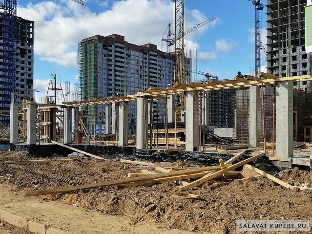 Салават Купере: Дома 10-5, 10-6 и 10-7 (фото 4 октября 2015)